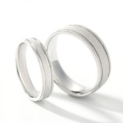 Jeulia Simple Sterling Silver Band Set