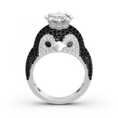 """Jeulia """"Be Your King"""" Penguin Sterling Silver Ring"""